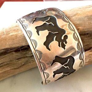 Vintage Rosco Scott Walking Bears Bracelet Sz 7.5